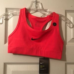 NWT Nike Sports Bra